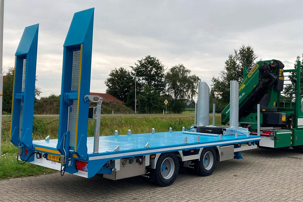 Esve Special Trailers in Lichtenvoorde. Bouw en ontwerp van opleggers, aanhangwagens, middenassers, kermis- en besturingssystemen.